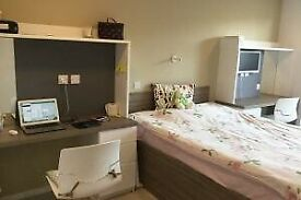 STUDENT ROOM TO RENT IN COVENTRY - CLASSIC ENSUITE WITH PRIVATE STUDY SPACE AND PRIVATE BATHROOM