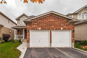 3 bedroom house for sale in oshawa