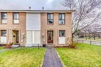 3 bedroom Condo Townhouse for sale in Brampton