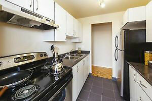 ReDuCeD!! YORK-U SPOTLESS & Perfect! HURRY *1 Bed-Suite M3N
