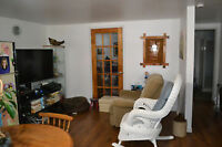 Rockland  1 BEDROOM APARTMENT WITH A WALK OUT (QUIET AREA)