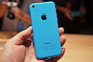 iphone 5c Blue****** like new barely used!!! ************