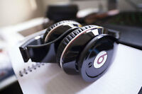 Beats by Dr Dre headphone. with great condition!