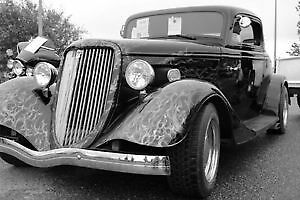 1934 Ford, 3 Window Coupe (Fibreglass body)