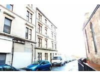 Traditional 1 Bedroom 3rd Floor Flat in Ravel Row Tollcross - Available 2nd December 2017