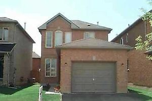 Detached House with Basement Apartment*Short Term Renter Welcome