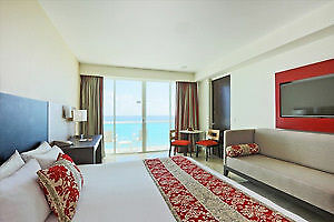 Weekly rental in Cancun beachfront resort optional All-inclusive