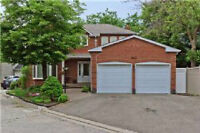 Well Maintained House W/ Excellent Layout 4 Bdrm Beautiful House