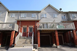 3 Storey Townhouse In Great Location Close To Pickering Mall