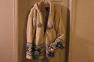 Brand new Women's Kyber Outerwear lined jacket