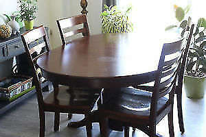 Nice Dining Table Set with 4 chairs