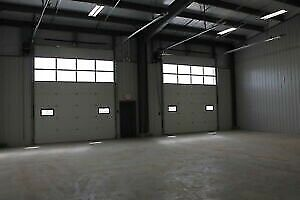 Looking for bay for rent 2500 to 3000sq ft