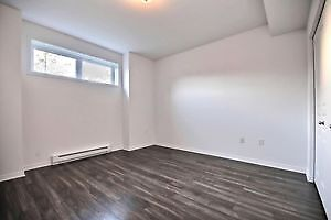 1 chambre / 1 bedroom modern apartment available may or before