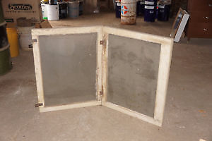 LOTS OF ANTIQUE WEATHERED WINDOW FRAMES AND DOORS