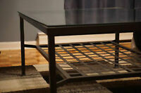 GLASS / METAL LIVING ROOM TABLE - GREAT CONDITION - CAN DELIVER