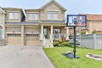 Luxurious Link Mississauga Detached(Semi) For Sale!!