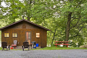 RICE LAKE/OTONABEE RIVER COTTAGE SEPT AND OCT SHORT TERM STAY
