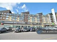 2 bedroom flat in Camellia House, Feltham, TW13 (2 bed)
