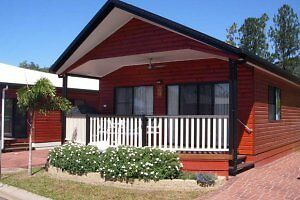 7NIGHT CAIRNS COCONUT HOLIDAY RESORT HOLIDAY 2 ADULT 2 CHILDREN Brinsmead Cairns City Preview