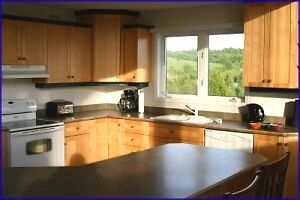 Large Luxury Cottage Upstair including Electrical and Propane Peterborough Peterborough Area image 4