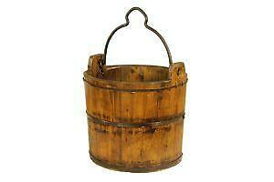how to make a wooden bucket in minecraft