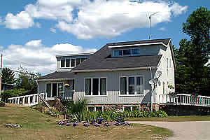 Waterfront Family Cottage Rental Muskoka