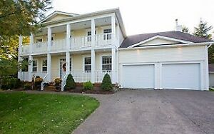 19-020 Beautiful large family home in Kingswood Subdivision