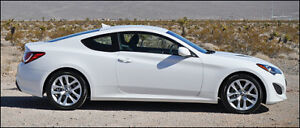 2013 Hyundai Genesis Coupe ** MINT CONDITION ** MONACO WHITE