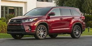 2017 Toyota Highlander XLE AWD SE Package  - $328.61 B/W