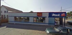 Plaza for sale with Approx 6.5% CAP