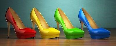 Wallario Premium Glasbild 32 x 80- Bunte Schuhe - High Heels für