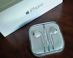 Authentic Apple Earpods Earbuds Headphone Mic Remote Volume Cont