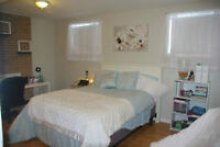 Large Rooms, Close to UW, Parking, Green Space