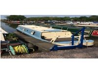 40ft Cruiser Style Narrow Boat for sale at Leicester Marina