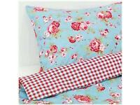 Single duvet and 2 matching pillow cases with cushions and tissue holder to match