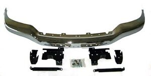 NEW 2003-2007 GMC SIERRA CHROME FRONT BUMPER WITH BRACKETS London Ontario image 1