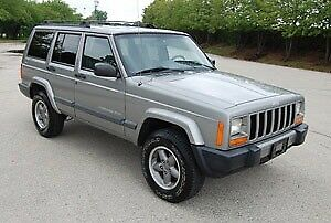 WANTED GOOD CONDITION CHEROKEE XJ SPORT