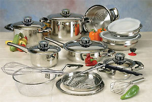Brand new Nutri-Stahl 22 pcs cookware set