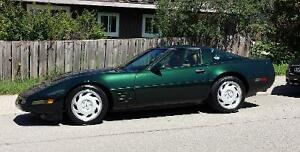 1991 Chevrolet Corvette Coupe (2 door)
