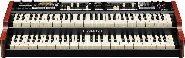 Hammond organ SKX two manual organ with piano and orchestra voices for home and church