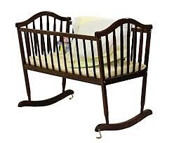 Red cherry oak cradle
