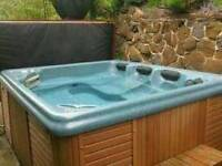 Pre owned USA Spaform Hot Tub