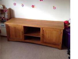 "Solid oak tv unit 160cm long / 62"" with 2 x cupboard"