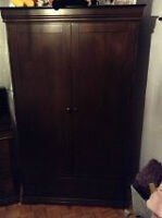 Wood bedroom set - price reduced!!