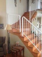 Rampe d'escalier en acier.