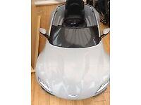 James Bond 007 Aston Martin DB10 6v Electric car.