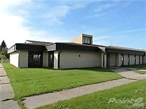 202 1st street, lintlaw, SK 21000 sq ft building, but exc shap!