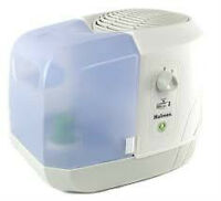 BINB holmes humidifier in excellent condition with filters