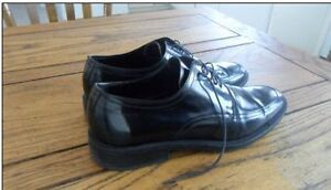 Like New Mens Italian Leather Dress shoes