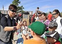 Walk Around Closeup Magic 4 EVENTS by Cool Magician from $95